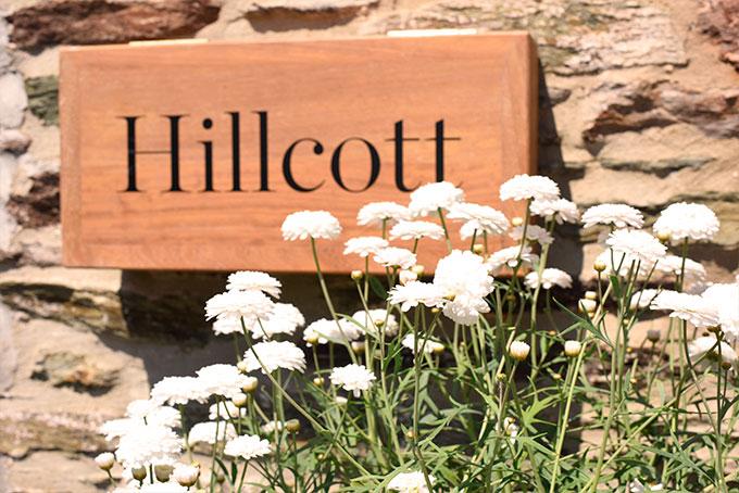Hillcott Exterior Sign